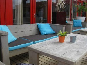 7 Easy Ways To Add Colour To Your Garden Seating Area - Learn how to add that extra impact to your seating areas with quick, relatively inexpensive upgrades and wow your friends and family who come to visit.