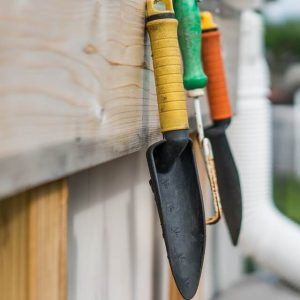 How To Save Money By Maintaining Your Garden Tools