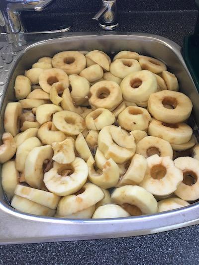 sink full of apples